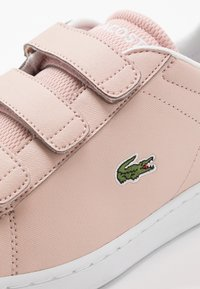 Lacoste - CARNABY EVO - Trainers - natural/white - 2