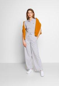 Lacoste - Pantalon de survêtement - silver chine - 1