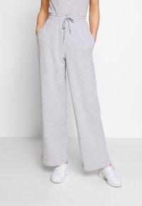 Lacoste - Pantalon de survêtement - silver chine - 0
