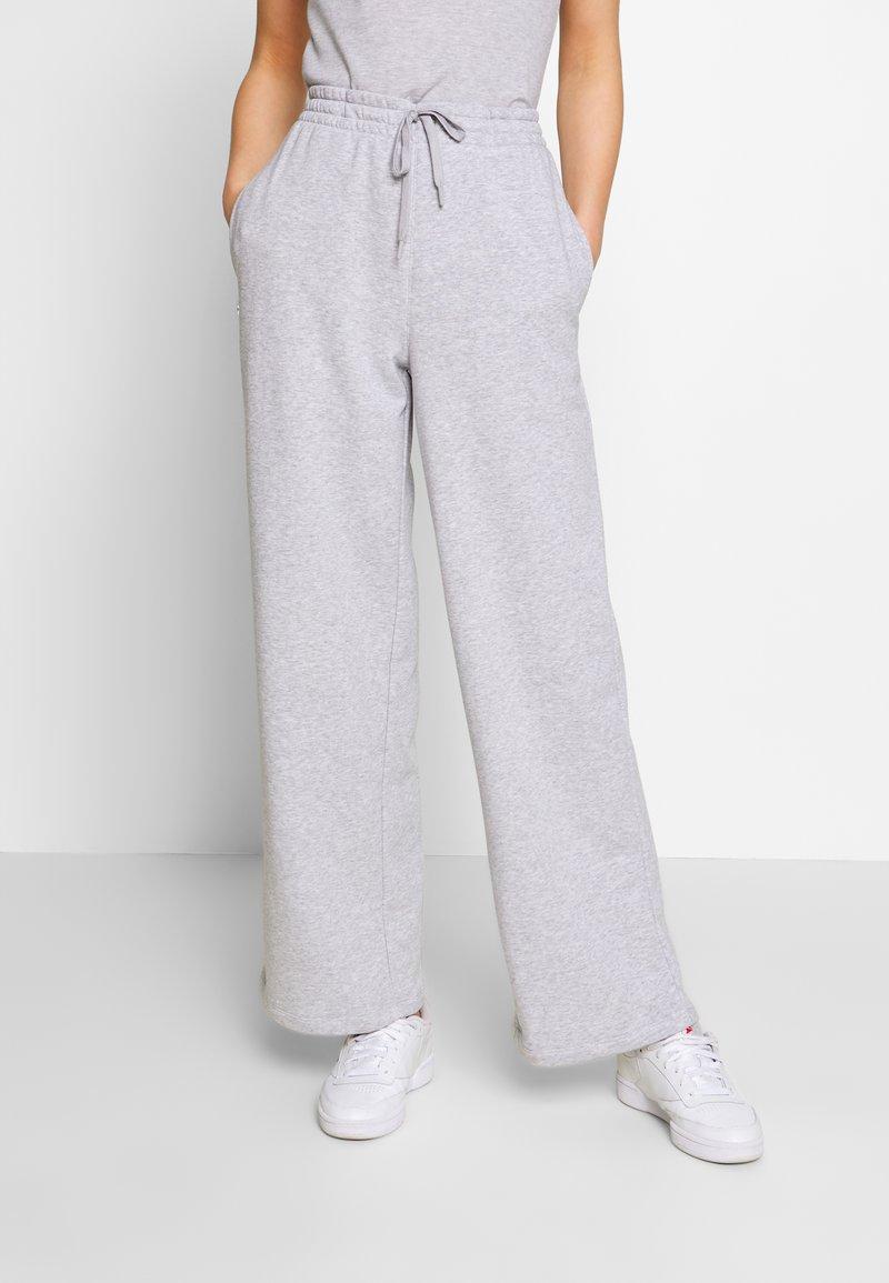 Lacoste - Pantalon de survêtement - silver chine