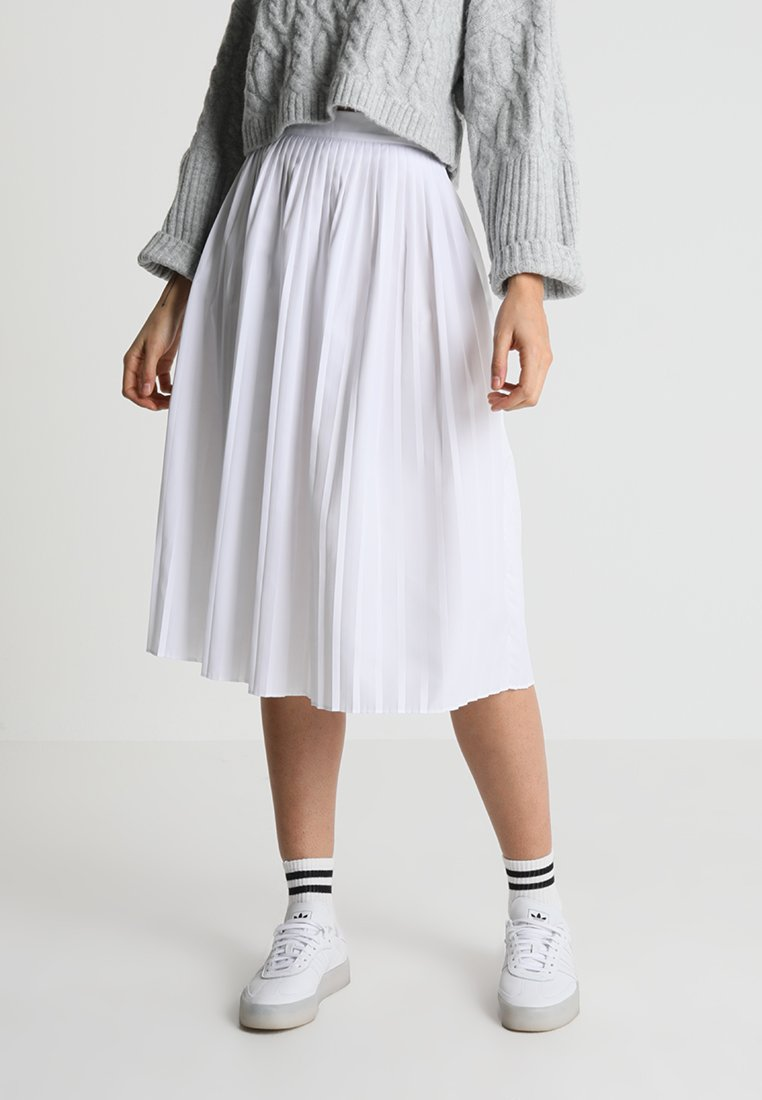 Lacoste - A-line skirt - white