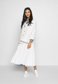 Lacoste - PLEATED SKIRT-JF5455 - A-line skirt - flour - 1