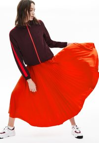 Lacoste - PLEATED SKIRT-JF5455 - Jupe trapèze - rouge - 1
