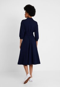 Lacoste - EF0681-00 - Robe chemise - navy blue - 3