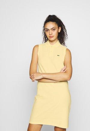 Vestido informal - clusi