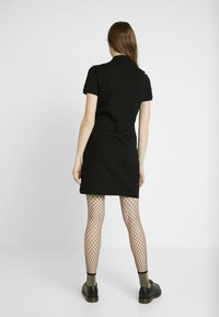 Lacoste - Korte jurk - black - 3