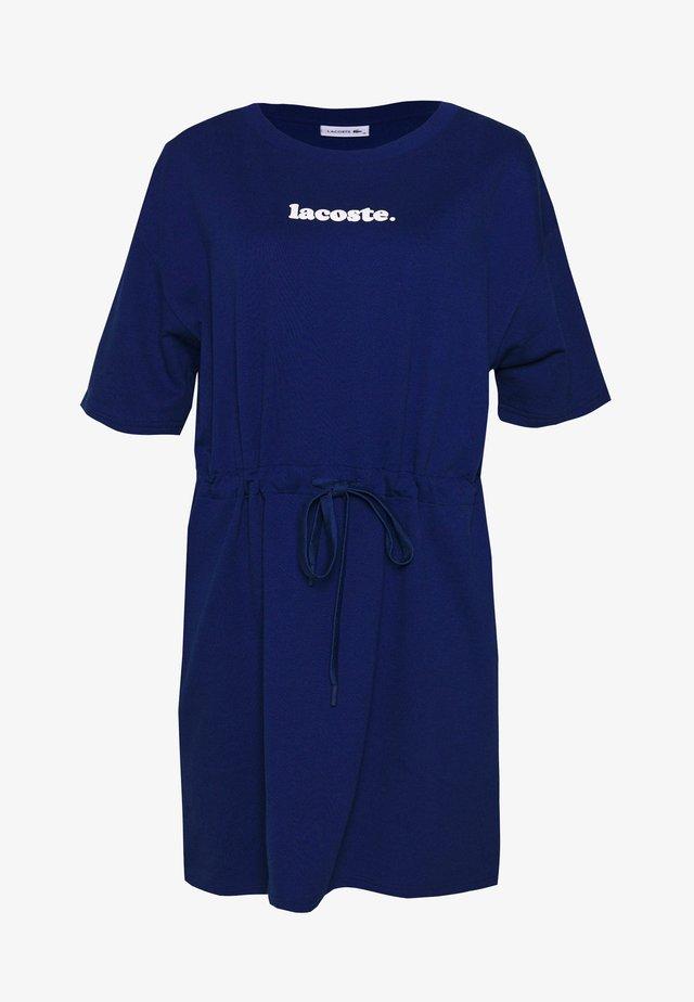 DAMEN LOGO KLEID - Korte jurk - blue