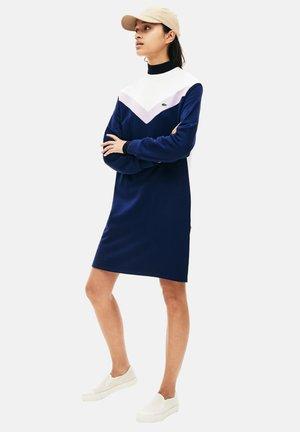 Robe pull - bleu marine/violet/blanc