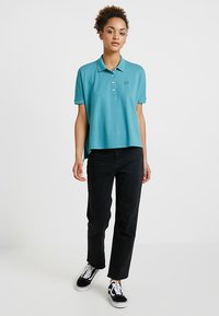 Lacoste - T-shirt imprimé - tide blue - 1