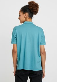 Lacoste - T-shirt imprimé - tide blue - 2