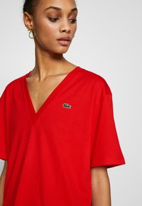 Lacoste - TF5458 - T-shirt basique - red - 5