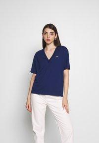Lacoste - TF5458 - Basic T-shirt - methylene - 0