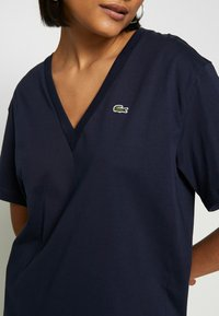 Lacoste - TF5458 - T-shirt basique - navy blue - 4