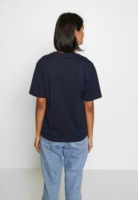 Lacoste - TF5458 - T-shirt basique - navy blue - 2