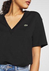 Lacoste - TF5458 - Basic T-shirt - black - 4
