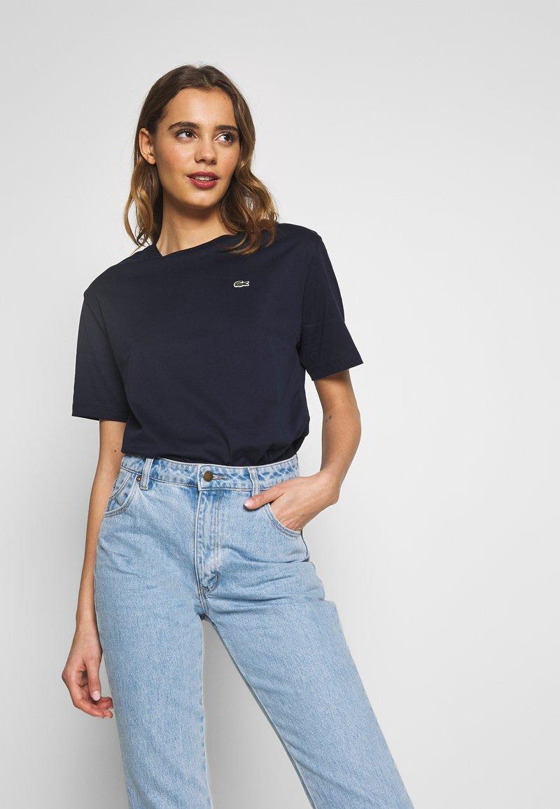 Lacoste - DAMEN RUNDHALS - T-shirt basique - navy blue