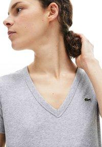 Lacoste - T-shirt basique - gris chine - 3