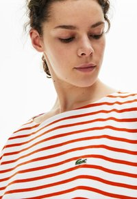 Lacoste - T-shirt à manches longues - white/red - 4