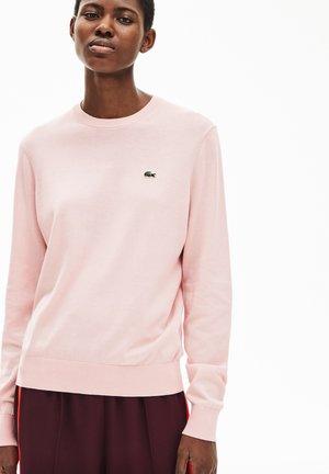 MIT RUNDHALS-AUSSCHNITT - Pullover - rose pale