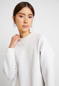 Lacoste - SF8692-00 - Sweater - flour - 4