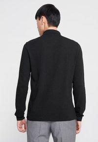 Lacoste - CLASSIC FIT - Polo shirt - black - 2