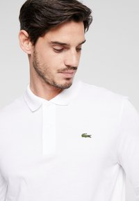 Lacoste - CLASSIC FIT - Poloskjorter - weiß - 4