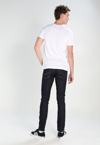 Lacoste - T-shirt basic - white - 2