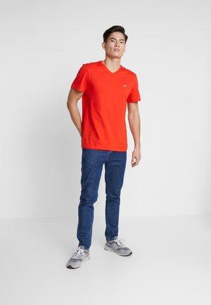 Camiseta básica - corrida