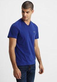 Lacoste - T-shirt basic - halliri chine - 0
