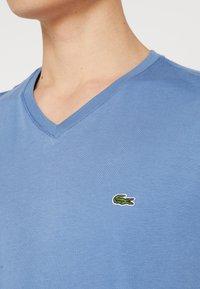 Lacoste - T-Shirt basic - rois - 4