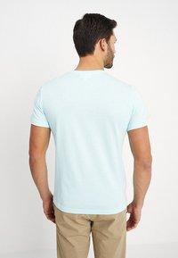 Lacoste - Basic T-shirt - aquarium - 2