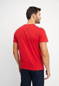 Lacoste - Basic T-shirt - clusi chine - 2