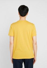 Lacoste - Basic T-shirt - darjali - 2