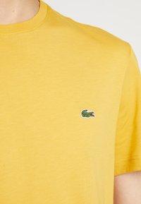 Lacoste - Basic T-shirt - darjali - 5