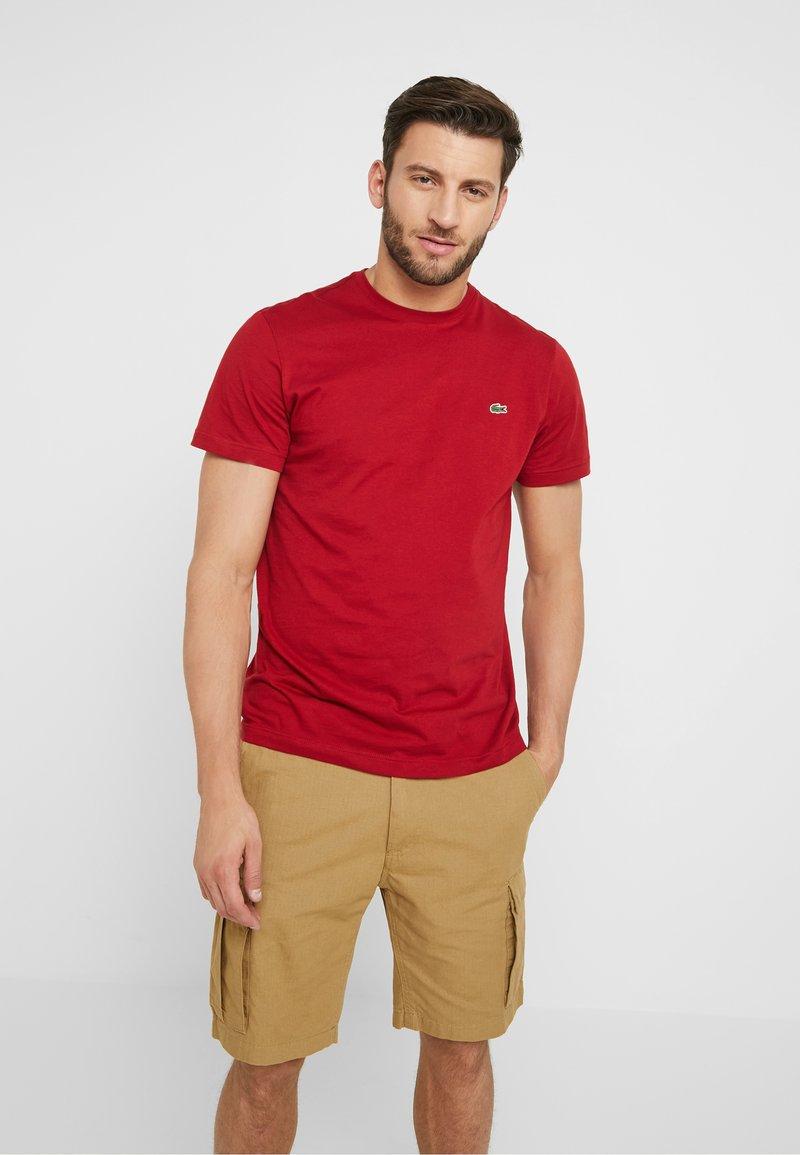 Lacoste - T-shirt basique - alizarine