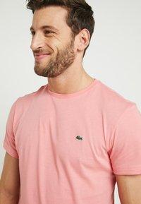 Lacoste - T-shirt basic - princesse - 4