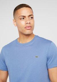 Lacoste - Basic T-shirt - rois - 4