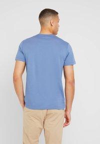 Lacoste - Basic T-shirt - rois - 2