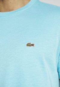 Lacoste - T-shirt basic - cicer - 4