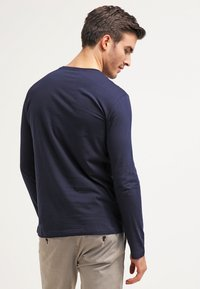 Lacoste - Top sdlouhým rukávem - navy blue - 2