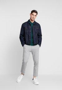 Lacoste - Polo shirt - pin - 1