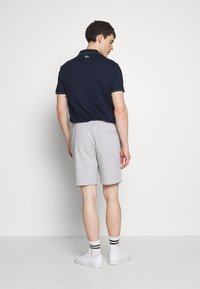 Lacoste - Shorts - silver chine - 2