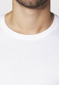 Lacoste - Long sleeved top - weiß - 5