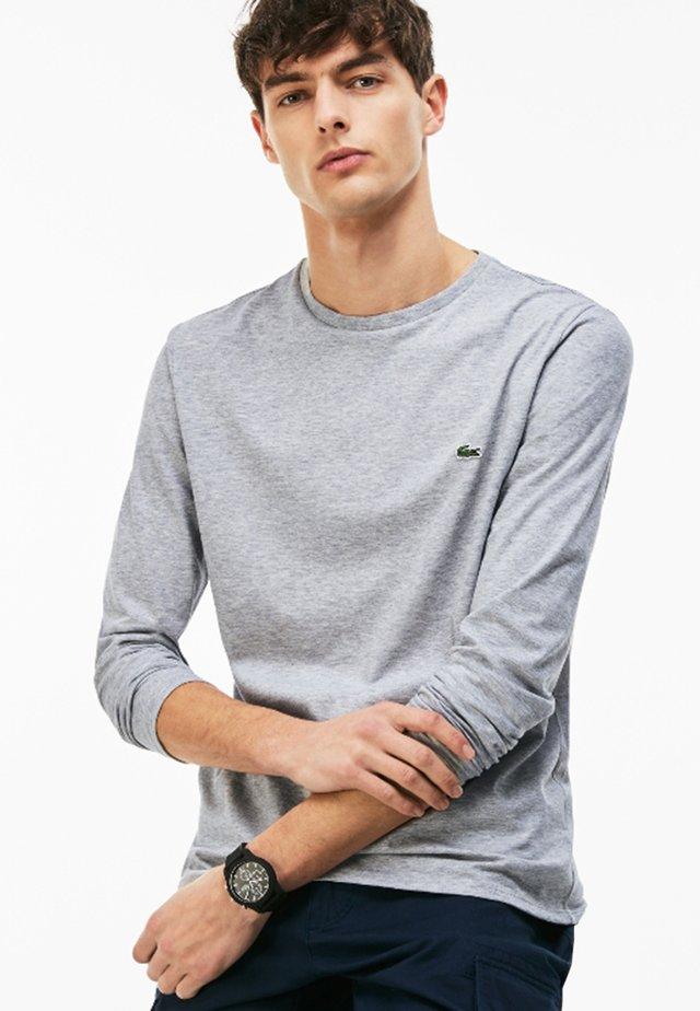 TH6712 - T-shirt à manches longues - argent chine