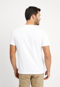 Lacoste - T-shirt con stampa - white - 2