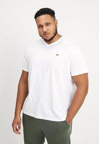 Lacoste - T-shirt basic - blanc - 0