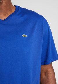Lacoste - T-shirt basic - capitaine - 4