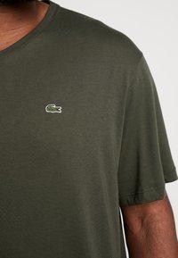 Lacoste - Basic T-shirt - baobab - 5