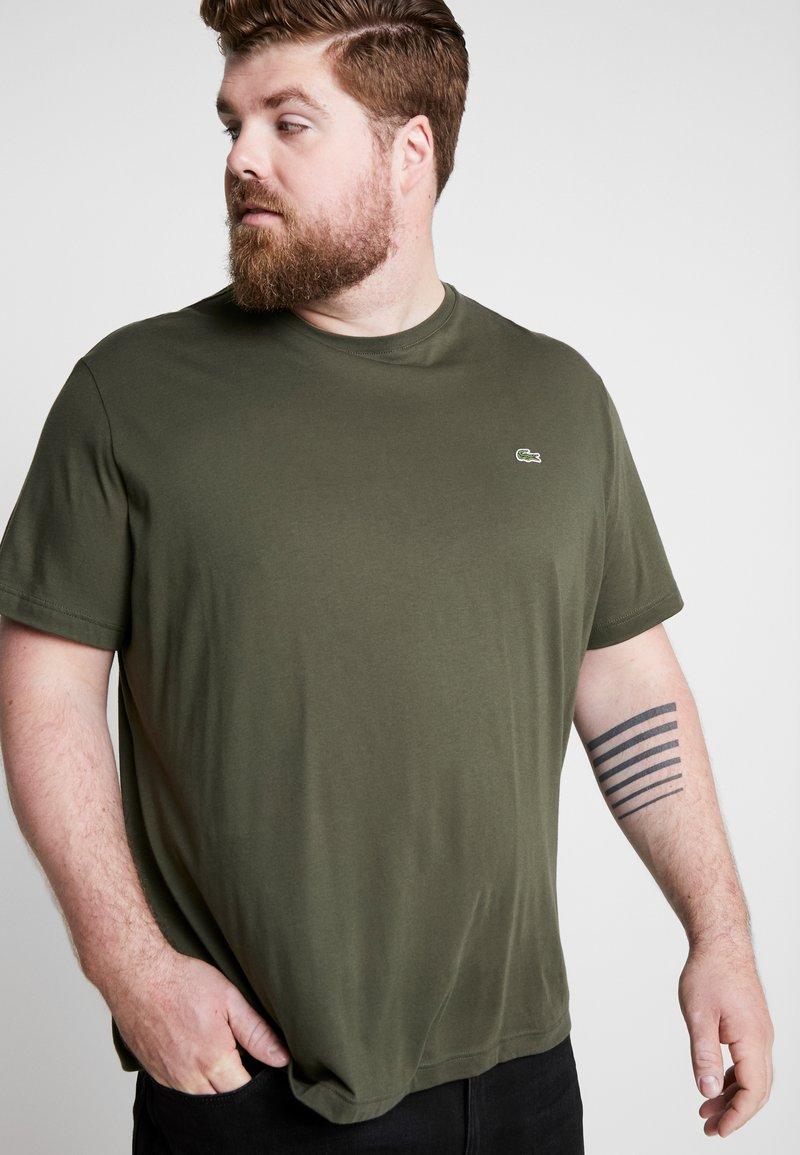 Lacoste - PLUS SIZE - T-shirt basic - baobab