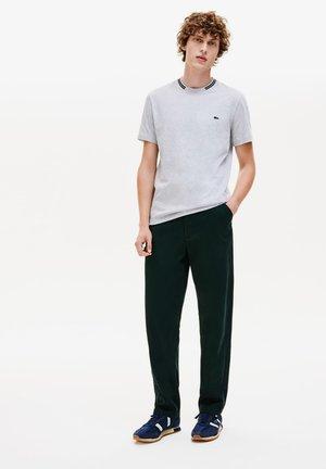 TH8560 - T-shirt basique - gris chine